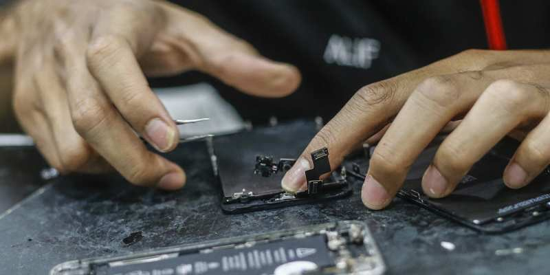 Internal Documents Show Apple Is Capable of Implementing Right to Repair Legislation